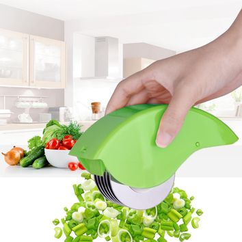 2017 Herb Roller Mincer Manual Hand Scallion Chive Mint Cutter with 6 Stainless Steel Blade Kitchen vegetable chop