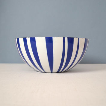"""Large 11"""" Cathrineholm Striped Bowl Blue and White"""