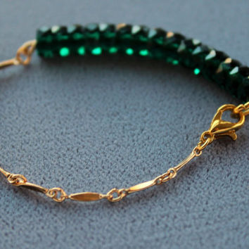 Dainty Emerald Green Beads 14k Gold Filled Chain Bracelet, Simple Bracelet, Beaded Bracelet, Gold Bracelet
