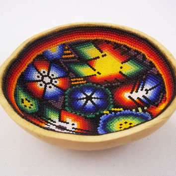 H048 sacred gourd bowl huichol mexican folk art shipping from mexico peyote