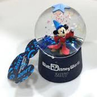 Disney Parks 2017 Mickey Mouse Sorcerer Glass SnowGlobe New with Tag