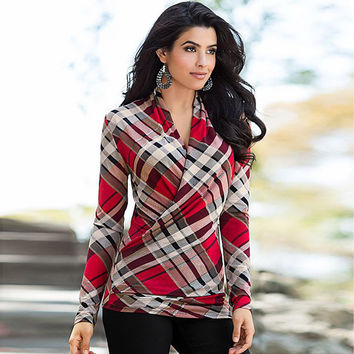 Long Sleeve Twist Front Check Pattern Casual Top