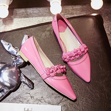 Summer Leather Pointed Toe Floral Flat Shoes [4919952900]