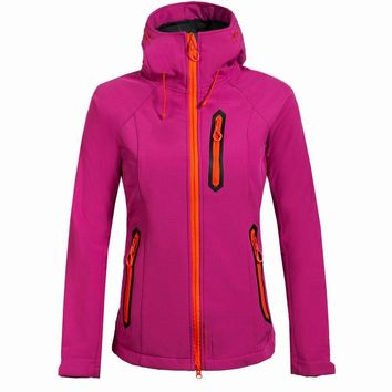 Soft Shell Women Coat Windbreaker Jacket Outdoor Ski Jacket Women Hiking Winter Jackets Travel Hunting Clothes Skiing Sports