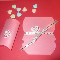 VALENTINE PILLOW BOX, 10 boxes plus stickers, candy,treat,favor,labels,