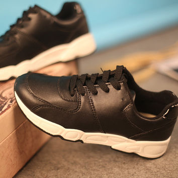 womens black casual shoes sneakers