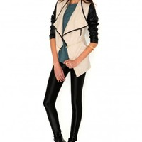 Missguided - Irne Faux Leather Sleeve Multi Jacket In Stone