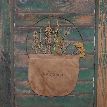 Primitive Pocket - Rustic Floral - AUTUMN - Garden Decor - Early Style - yarrow rosemary