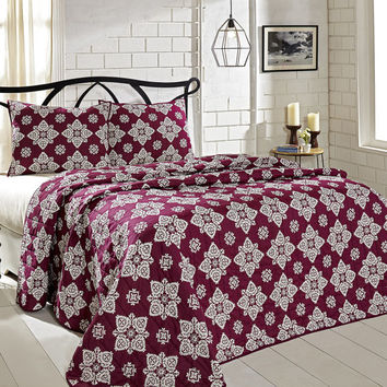 VHC Brands, BT Home Collection, Adelaide Boysenberry Quilt w/ Shams, Creme, Grey, Medallion print