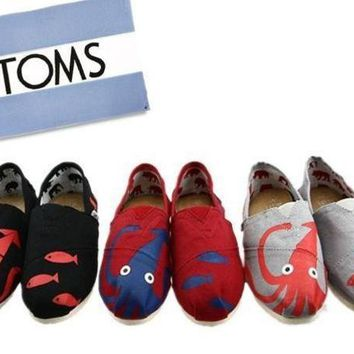 "DCC3W TOMS UNISEX ""octopus�FLAT SHOES CLASSICS FLAT TOMS SHOES"