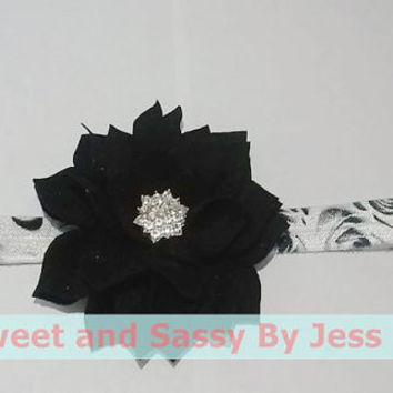 Beautiful black lotus flower with bling center on a white and black rose elastic headband, Elastic headbands, Mommy and me, hair accesories