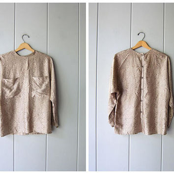 Minimal Silk Print Blouse 90s Beige White Checked Dolman Blouse Casual Modern Shirt w/ Front Pockets & Buttons Up Back Vintage Womens Small