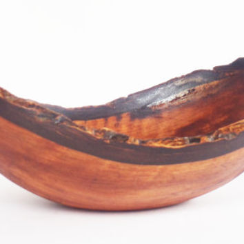 Natural Edge Wooden Bowl, Natural Edge, Lathe Turned, Walnut Bowl,Wooden bowl, Fruit Bowl, Home Decor