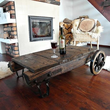 Superbe Vintage Industrial Coffee Table/ Cart, Reclaimed Wood On Antique