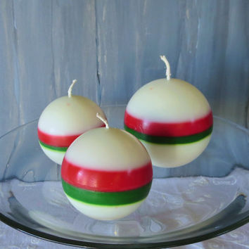 Christmas soy ball candles, Snow white Christmas candles, earth friendly Christmas candles, scented soy candles.