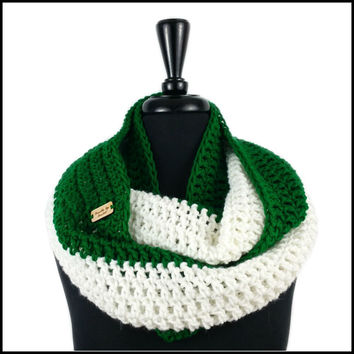 Green & White Infinity Scarf