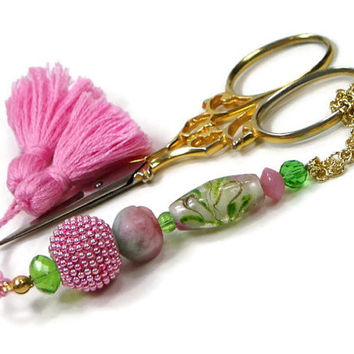 Beaded  Scissor Fob Pink Floral Green DIY Crafts Cross Stitch Needlepoint Sewing Quilting Gift for Crafter