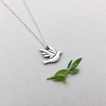 Peace Dove, Silver Dove Pendant, Dainty Bird Necklace, Animal Jewelry, Baptism Spiritual Gifts, Minimalist Jewelry, Sympathy Gifts for Her