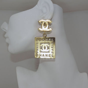 SALE SaLe Vintage Authentic CHANEL CC logos Dangle Drop Earrings, Chanel, CCs, Coco, Logo, 18k gold-plated, Designer Fashion Jewelry