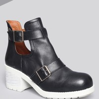 Tyler Buckle Bootie - Shoes | GYPSY WARRIOR