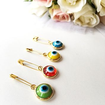 Lucky evil eye safety pin, protection for baby, gold plated evil eye pins, baby boy gift pin, baby shower gift, stroller, birth announcement