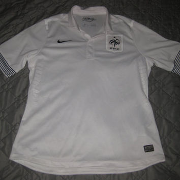 Sale!! Vintage Nike France Away Soccer Jersey Football Shirt Size XL Free shipping within the USA