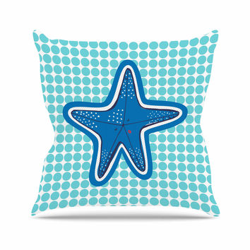 "MaJoBV ""Estrella De Mar"" Blue Starfish Outdoor Throw Pillow"