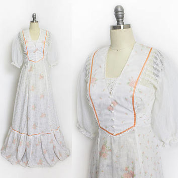 Vintage 1970s Dress - Ivory Cotton & Lace Maxi Boho Peach Gown 70s - Small
