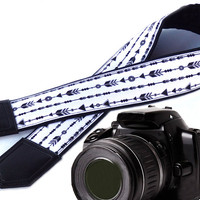 Arrows camera strap. DSLR / SLR  Camera Strap. Photo Camera accessories.Padded camera strap. Black and white camera strap.