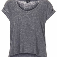 V NECK BURNOUT CROP TEE