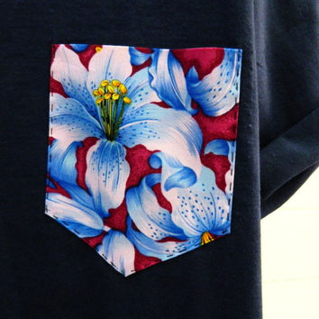 Men's Blue and Dark Pink Lily Floral Pattern Navy Blue Pocket T-Shirt, Men's T- Shirt, Pocket tee, Unisex, Menswear, UK