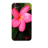 Pink flower iphone cover, Plumeria iphone cover, pink iphone 4 case, iphone 4 case,  iphone 4s, iphone 3gs ,unique iphone 4 cases