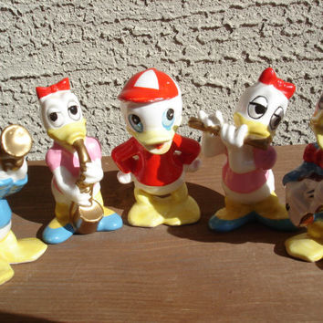 SALE 20% OFF Walt Disney Vintage Donald Duck, Daisy Duck and Baby Duck Collection Ceramic Action Figurines