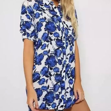 White And Blue Floral Print Short-Sleeve Button Collared Dress Shirt