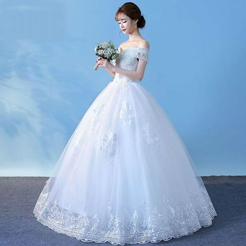 Boat Neck Exquisite Lace Wedding Dress Crystal Embroidery Ball Gown Lace Up Off the Shoulder