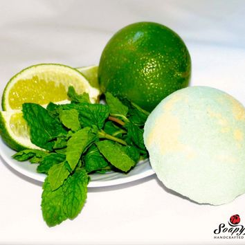 Mojito (Peppermint Mint & Lime) Bath Bomb (half a sphere)