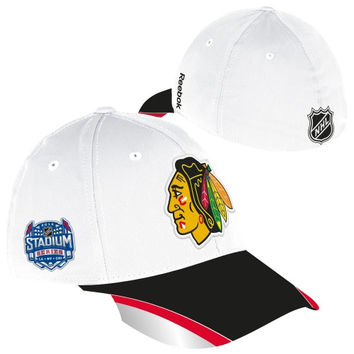Reebok Chicago Blackhawks 2014 Stadium Series Structured Reflective Flex Hat - White/Black