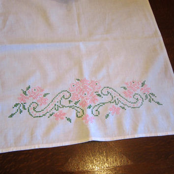Vintage Cotton Table Runner with Pink Embroidered Cross Stitch Flowers Cottage Home Decor