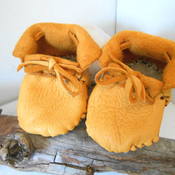 Handmade Baby Moccasins, Booties, Leather Shoes, Native American, Hippie, Bohemian, Gypsy, Natural, Mountain Man, Rendezvous, Powwow