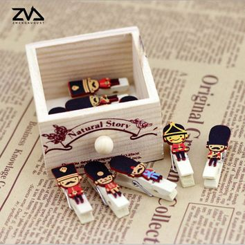 10 pcs/pack cartoon British soldiers photo Paper clips wooden clip DIY Decoration Clothespin Craft Clips Party with hemp rope