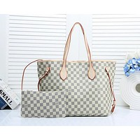 LV 2019 new lining hook female classic old flower shopping bag shoulder bag two-piece white check