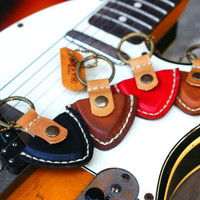 Guitar pick case leather keyring / Father's Day Gift by rntn