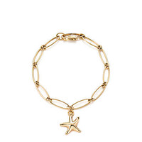 Tiffany & Co. - Elsa Peretti® Starfish bracelet in 18k gold.