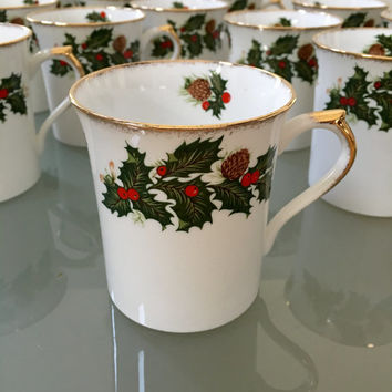 12 Christmas Vintage Tea Cups, Holiday China,Mugs, Rosina Yuletide Coffee Cups, Rosina Bone China England, Holly, Christmas Gift for Mother