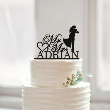 Modern Wedding Cake Topper with Last Name Bride and Groom Silhouette Cake Topper Mr and Mrs Cake Topper