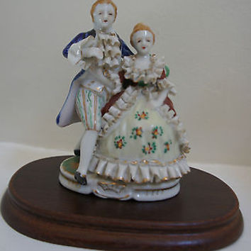 Very Rare Hand Painted Porcelain Victorian Figurine No. 7672 Occupied Japan