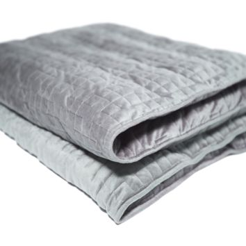 Gravity: The Weighted Blanket for Sleep, Stress and Anxiety
