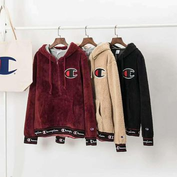champion taped logo half zipper plush hoodie