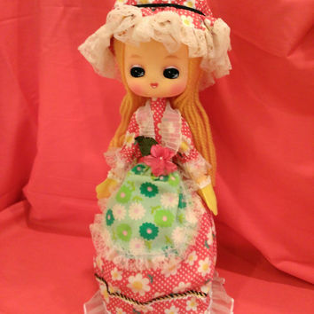 Vintage Japanese Kawaii Musical Doll - Hippie 60s 70s Big Eye Doll - Plays Great - Excellent Condition