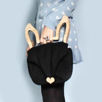 Rabbit Bag Bunny Ears   Oak Wooden Handles Clutch   Black Wool / Cotton